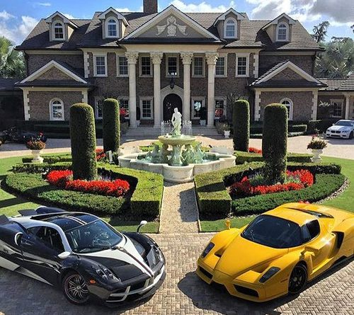 вилла и крутые автомобили